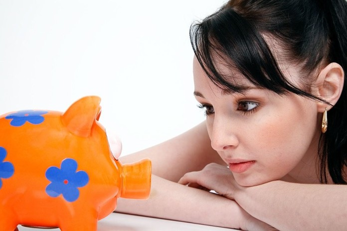 woman seeking business financing